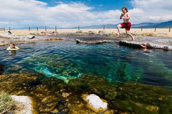 Six Rejuvenating Utah Hot Springs to Visit this Winter