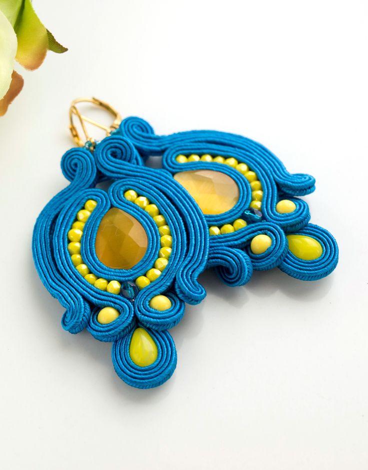 słoneczne kolczyki sutasz #kolczykisutasz #niebieskiekolczyki #sutasz #soutache #soutacheearrings #handmadeearrings #blueearrings