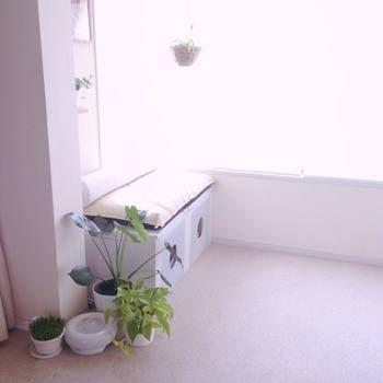 上にクッションを置けば、ベンチとしても使えます。お部屋をおしゃれにしてくれるほど、素敵な仕上がり◎