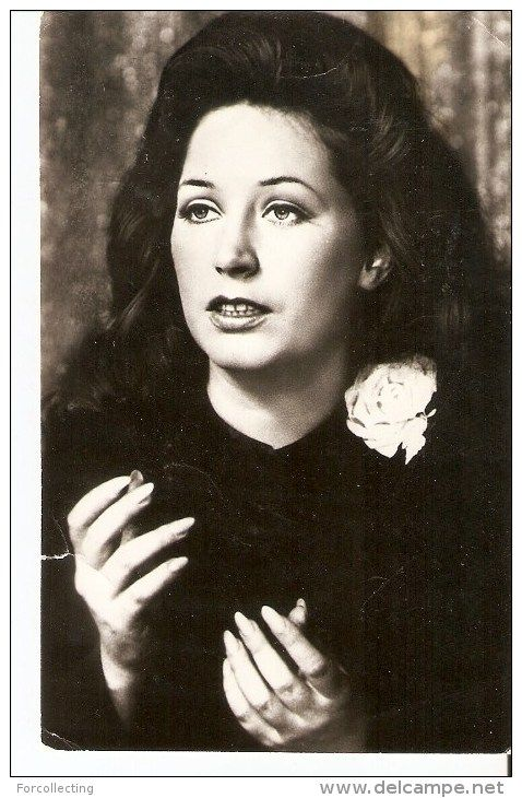 """a147. USSR Soviet photo postcard - singer actress ALLA PUGACHEVA in the film """" Woman who sings """"  1983"""