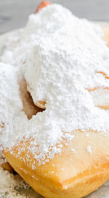 Traditional New Orleans-Style Beignets - deep fried, fluffy, piled-high-with-sugar beignets that you won't be able to resist! ❊