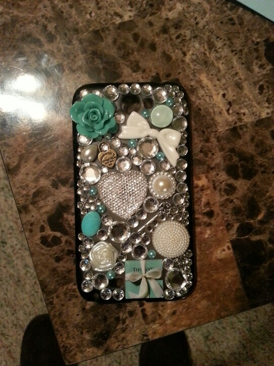I'd like to DIY up a phone case this summer