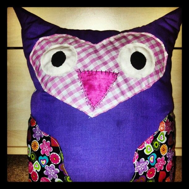 Owl cushion - Pink