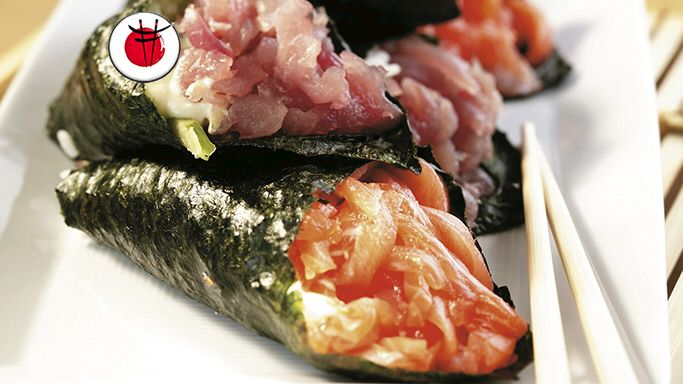 Temaki sushi con tonno