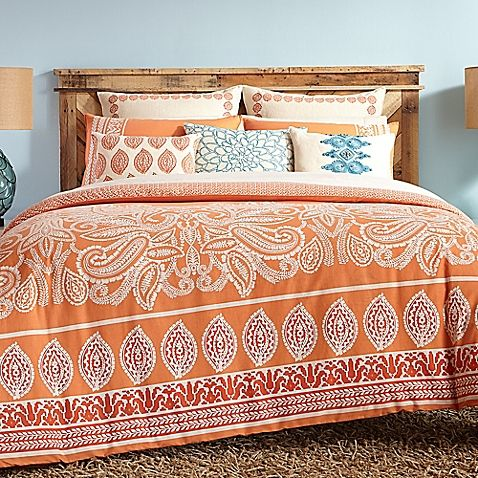 Bring endless summer warmth into your bedroom with the vibrant Trina Turk Catalina Paisley Comforter Set. Reminiscent of the Orange Coast, the beach-inspired bedding boasts organic paisleys and woodblock motifs in deep orange hues and white accents.