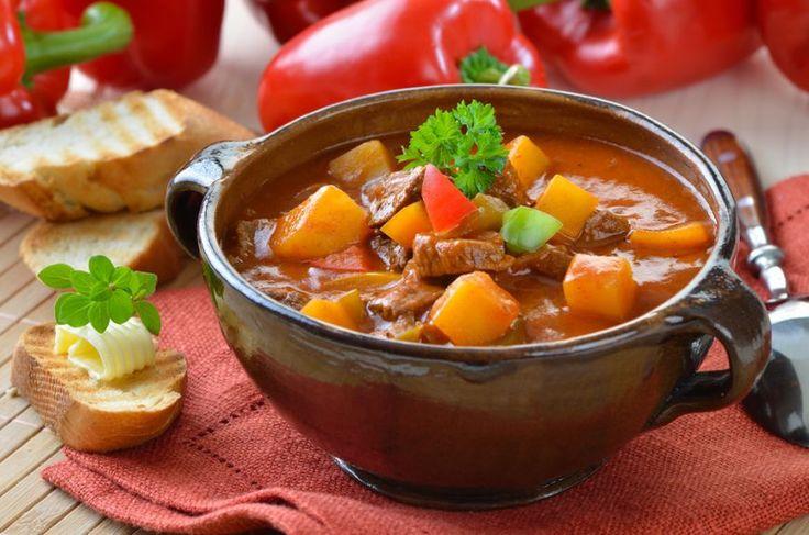 3 retete gustoase de tocanite cu cartofi - www.foodstory.ro