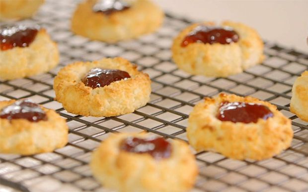 Try Coconut Macaroons at Fine Living EMEA