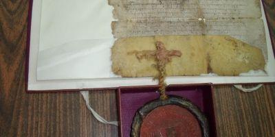 Blestemul-pecete al lui Petru Rareş pentru cei care îi nesocoteau cuvintele sale scrise. Cum îşi afurisea supuşii la finalul documentelor oficiale