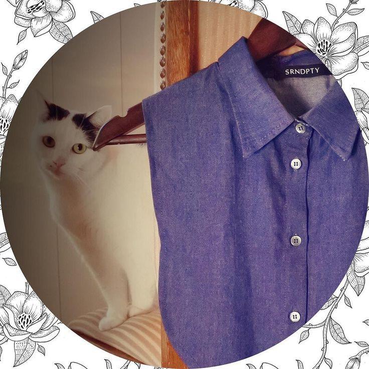 De Secret Collar van @srndptyfashion is een kledingstuk dat er netjes uitziet en ook nog eens lekker zit. Ideaal!  Ik testte er één en laat jou meteen zien hoe ik deze heb gecombineerd -> link in bio