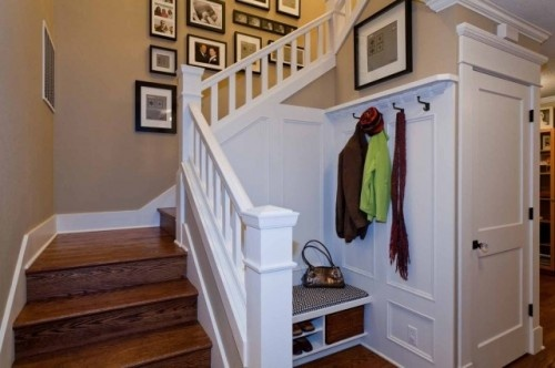 Amazing idea for alternative to Mud room!  Could add opening panel in rear for more shoe/backpack storage shelves in rear of Closet.