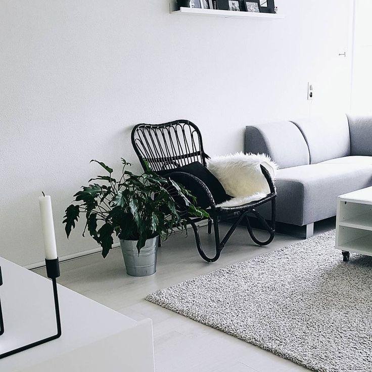 #kwantuminhuis Fauteuil KENDAL > https://www.kwantum.nl/meubelen/stoelen/fauteuils/meubelen-stoelen-fauteuils-fauteuil-kendal-zwart-0712005 @betulps