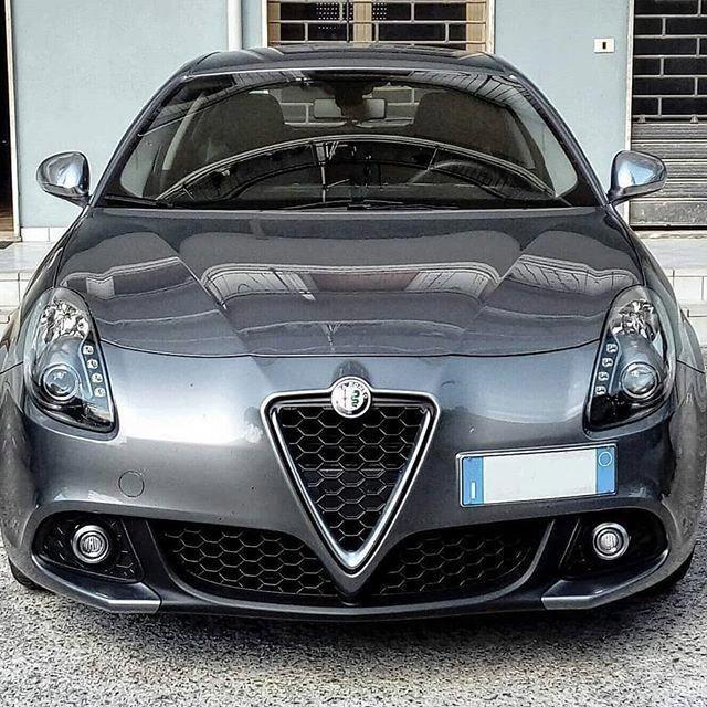 Alfa Romeo Giulietta Ferraripink Alfa Romeo Cars Alfa Cars