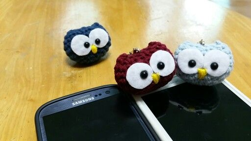 부엉부엉이  http://www.ravelry.com/patterns/library/baby-owl-ornaments  무료패턴이네요~^^