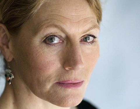 Geraldine James, see her in Jewel in the Crown, then in the Charles Dance version of Rebecca. Beautiful and graceful.