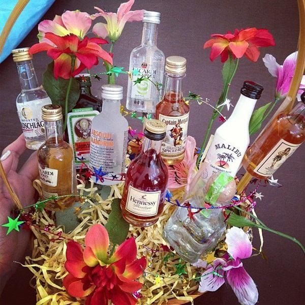 Forget Flowers—Give Your Sweetheart a Bouquet of Mini Alcohol Bottles on Valentine's Day « Holidays                                                                                                                                                                                 More