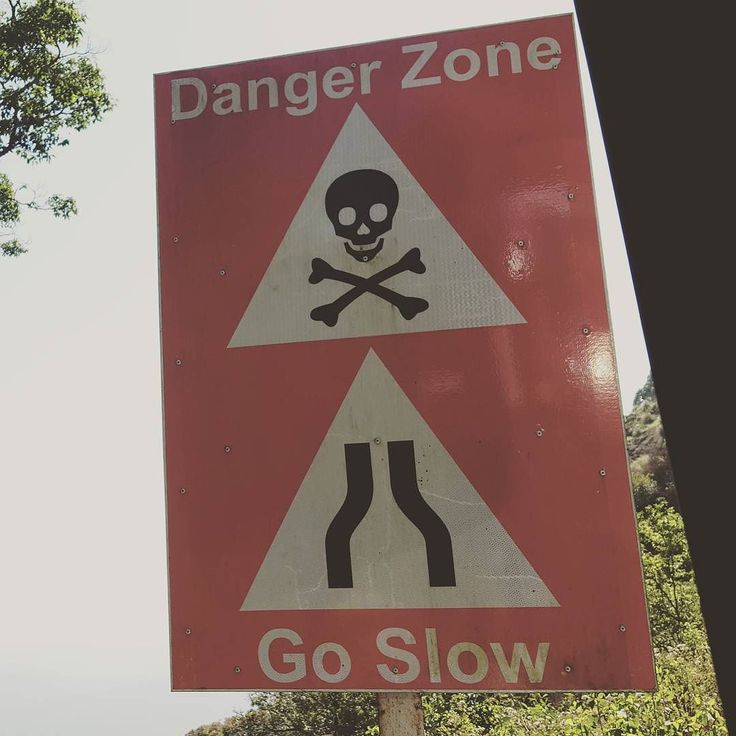 Could the Indian street signs chill out a bit on the skull and cross bone?  #not #making #me #feel #any #safer