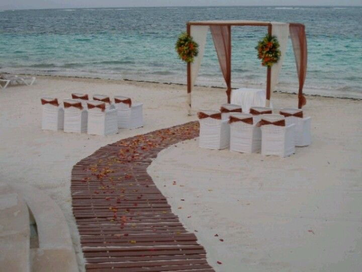 Perfect for an intimate small wedding