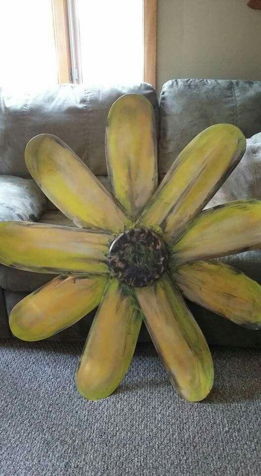 Old metal fan blade flower