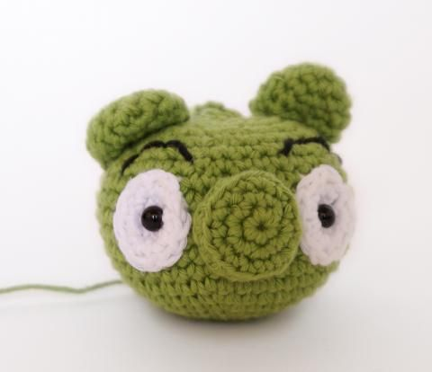 Angry Bird Amigurumi Patron : 10 best images about disenos infantiles crochet, tela on ...