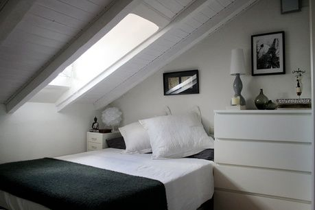 Aprovechar el espacio de buhardilla: ganar metros | Decorar tu casa es facilisimo.com otra idea para estos maravillosos espacios.