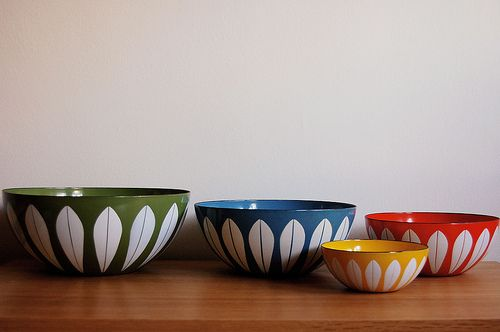 I would love a small collection of Catherine Holm bowls -- and perhaps a couple of plates -- to put on display in my kitchen.