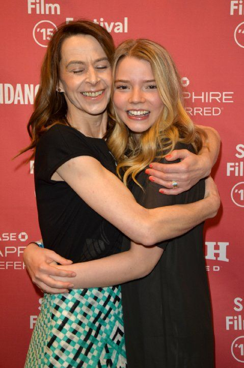 Kate Dickie and Anya Taylor-Joy at event of The Witch (2015)