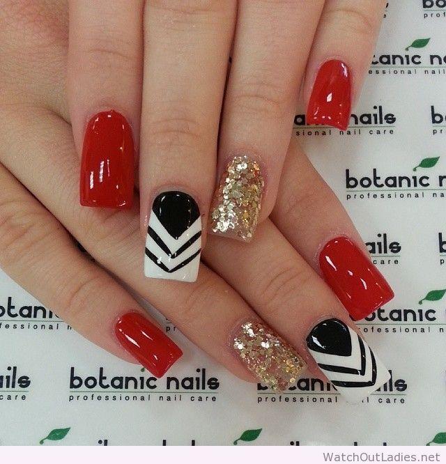 Botanic nails red, white, black, golden