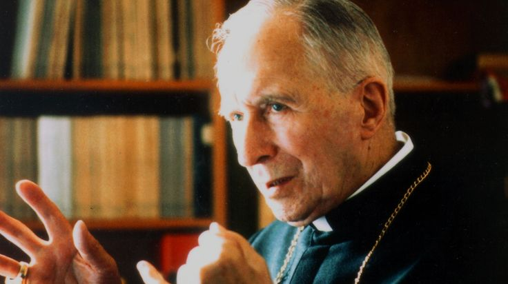 Arbp. Lefebvre on wearing the cassock - St. Thomas Aquinas Seminary