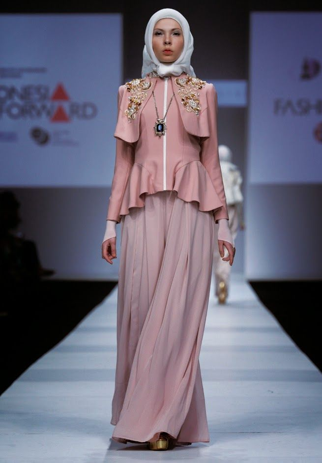 PUPUT UTAMI: Favorite Collections on IFF : Dian Pelangi x Norma Hauri