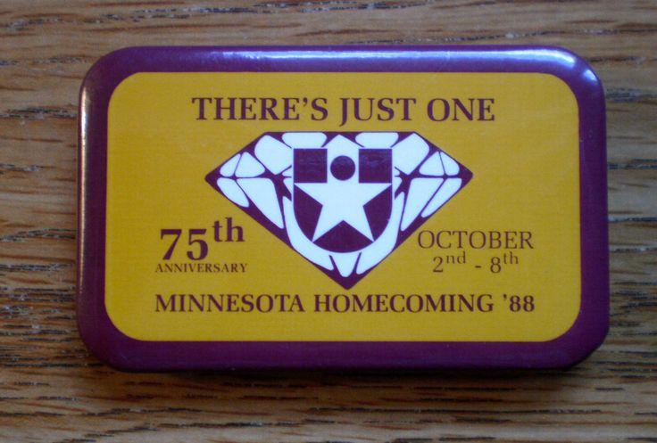 1988 University Of Minnesota Football Homecoming Pinback 2 3/4 Wide Celluloid