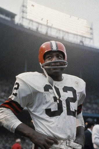 The greatest running back of all time -- Jim Brown of the Cleveland Browns.