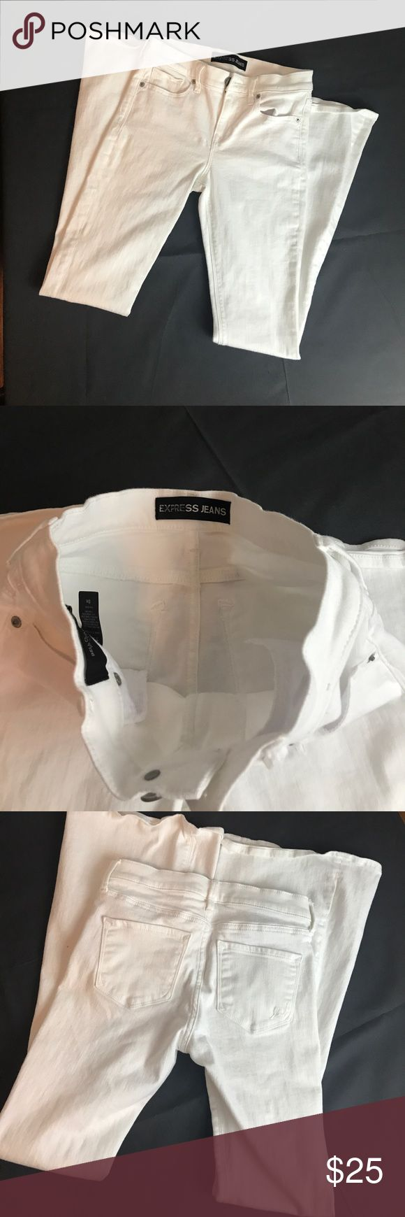 """Express Bell Flare Mid Rise White Jeans Super soft size 0R. 98% cotton 2% spandex. Length is app42"""". Inseam is app 31"""" Express Jeans Flare & Wide Leg"""
