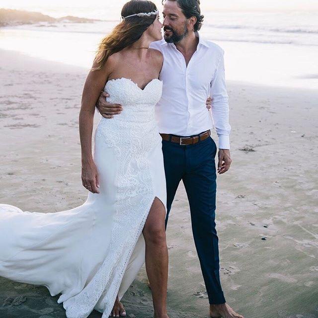 Lace wedding dress at Byron Bay wedding #bohobride #moirahughes #australianwedding