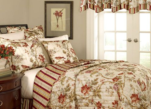 Bedding Using A Colonial Williamsburg Design Colonial