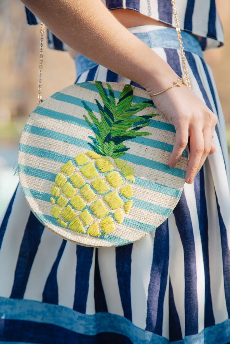 Another look at my blue striped raffia bag from KAYU design. I love that this version features an adorable pineapple.