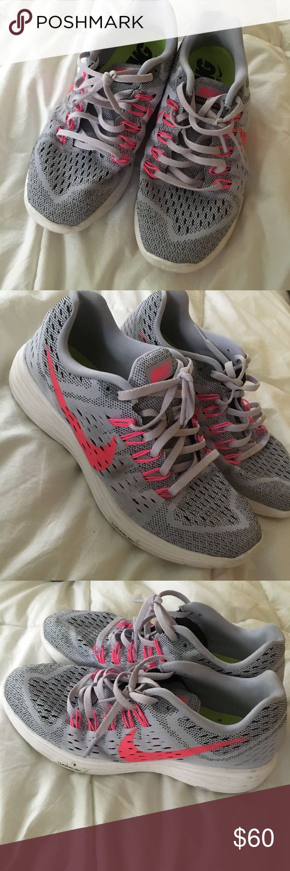 Nike Women's Lunar Trainer Running Sneaker Light use! Perfect for running, walking, and matching cute outfits! Open to offers😊 Nike Shoes Sneakers
