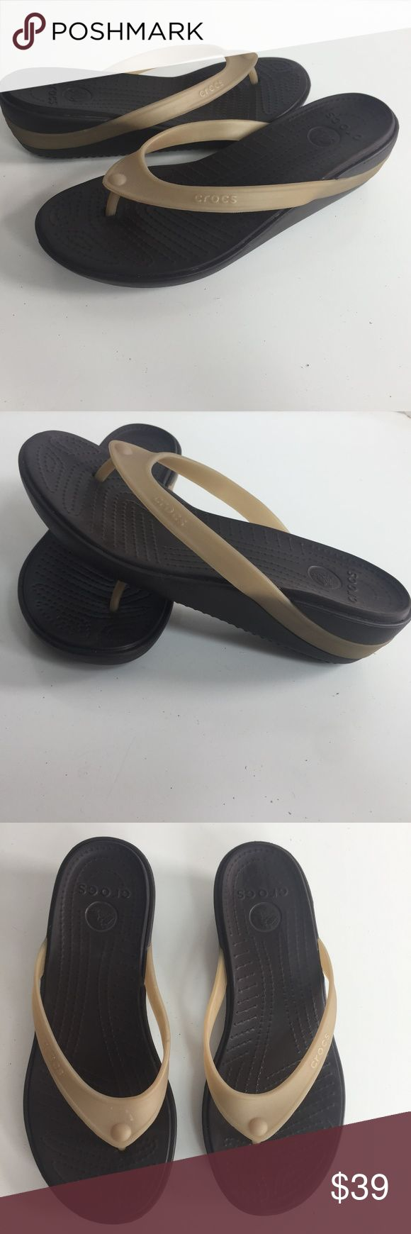 """Crocs Shoes Thong Flip Flop Sandals Black Wedge Crocs Shoes Womens Size 7 Thong Flip Flop Sandals Black Brown Wedge Beach Pool   A0314ktM10  Item condition:Pre-owned """"gently worn like new"""" Crocs Shoes Sandals"""