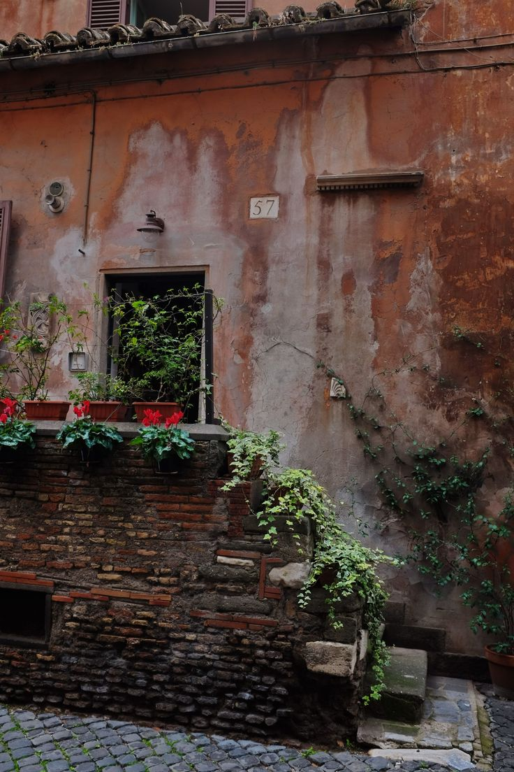 Getting Lost in Trastevere, Rome