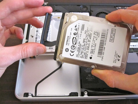 how to upgrade hard drive on macbook pro and commad