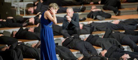 Johannes-Passion in der Philharmonie: Ein spiritueller Taumel | Kultur- Berliner Zeitung