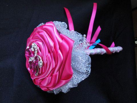 Bridesmaid Single Stem Rose Brooch Flower – Baroque Bridal Boutique