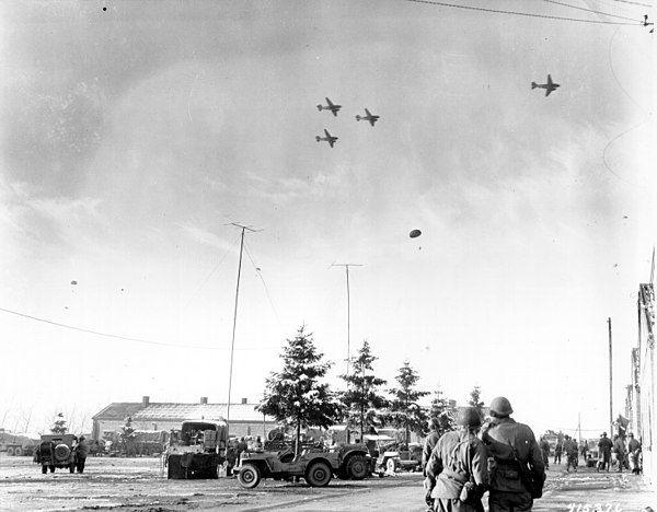 Bastogne resupply 1944