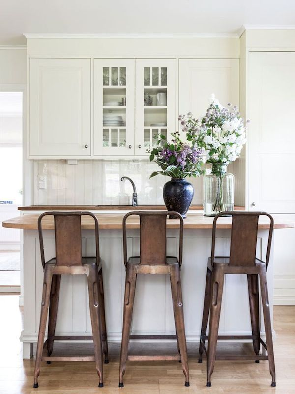White Kitchen With Copper Barstools   Summer Cottage In Sweden