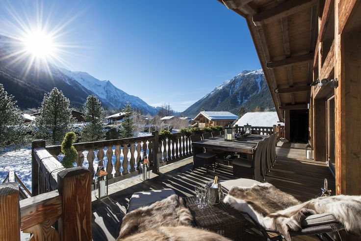 If you thought a ski holiday was all about the downhill to a vin chaud then we're here to show you that the après is getting an upgrade. From mindfulness to the Northern Lights, SheerLuxe contributor Georgina Blaskey has rounded up the best short breaks bringing so much more than simply skiing to your winter escape….