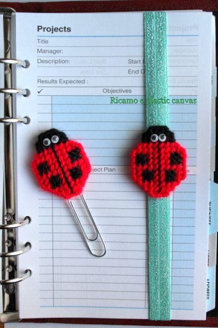 Set clip e segnalibro elastico, coccinella rossa, accessori planner, decorazioni per agenda, accessori per libri, idea regalo per lettori by Ricamoeplasticcanvas on Etsy