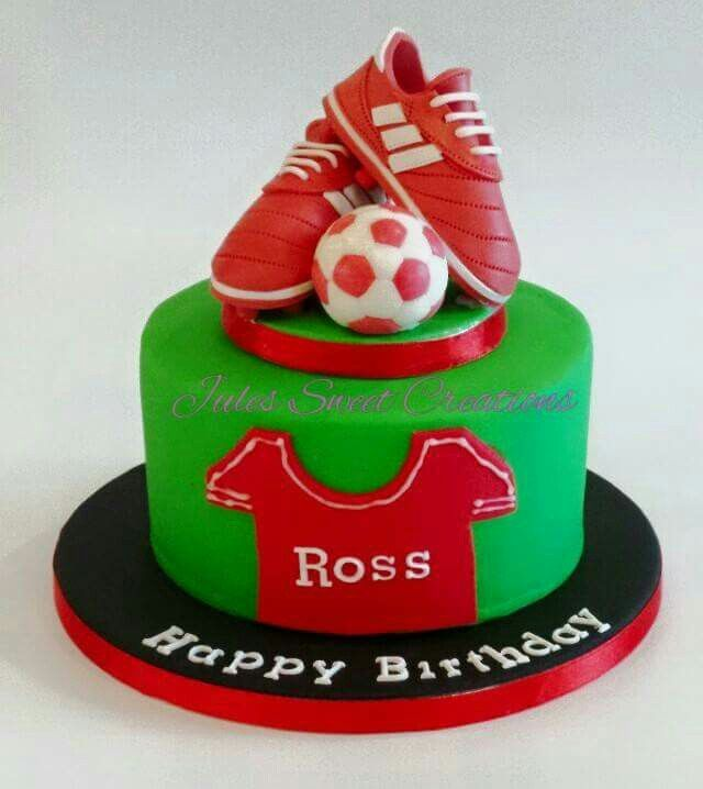 15 Best Liverpool Fc Soccer Cakes Images On Pinterest