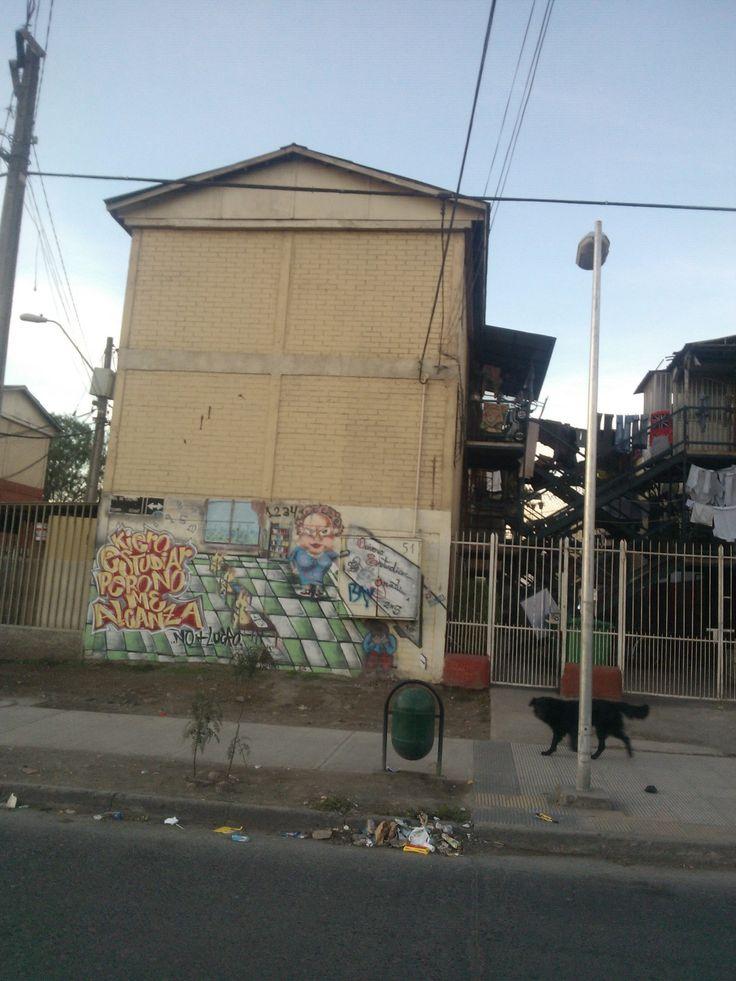 Mural sobre Educación en Población Valenzuela Llanos, mas conocida como el Barrio Chino de lo Espejo