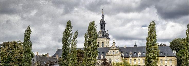Heverlee, Belgié, Nederland te Leuven, de abdijcomplexen bestaan nog steeds gesticht in  1129.