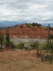 Desierto de la Tatacoa. El paso del tiempo que deja huella.   Tiketeo
