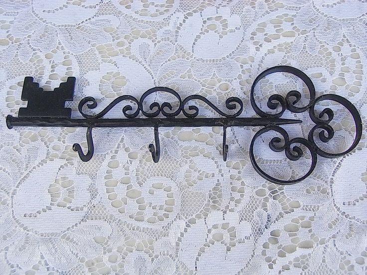 Vintage Hakenleisten - vintage Schlüssel, Schlüsselhaken, Schlüsselleiste - ein…